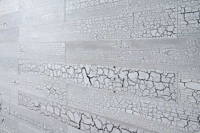 Cracked White - Peel and Stick Planks - WoodyWalls
