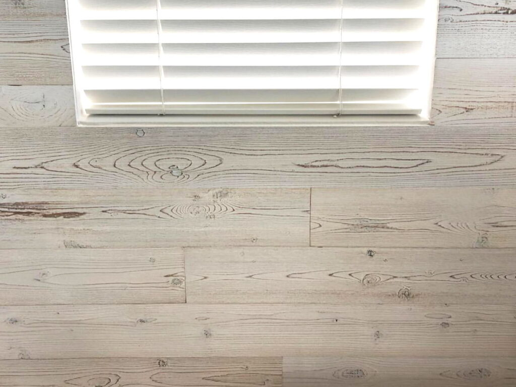 White Washed - Peel And Stick Wood Planks - Woodywalls